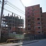 Blocurile turn de pe strada Măceşului ar putea fi demolate. Prefectura a atacat autorizaţiile de construire