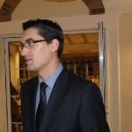 La doar 29 de ani Răzvan Burleanu l-a învins pe Vasile Avram în lupta pentru preşedinţia FRF şi-l înlocuieşte în această funcţie pe Mircea Sandu