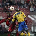 Fotbaliştii de la CFR şi Petrolul Ploieşti au oferit publicului unul dintre cele mai bune meciuri din acest sezon de Liga I,   iar la final au terminat la egalitate,   scor 1-1 / FOTO: Dan Bodea
