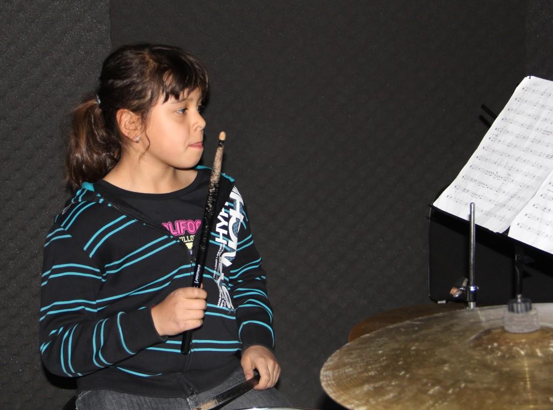 Tania Cosma,   una dintre tinerele eleve ale Academiei de Rock/Foto: Dan Bodea