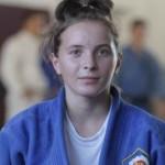 Judoka Alexandra Pop a cucerit titlul naţional la categoria 48 de kilograme şi se pregăteşte pentru Campionatele Europene de la sfârşitul lunii,   din Franţa / FOTO: Dan Bodea