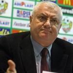 Se strânge laţul în jurul oamenilor care au condus fotbalul românesc în ultimii 20 de ani, Mitică Dragomir a fost vizitat luni de poliţişti şi procurori ai DNA