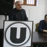 În luna iunie a acestui an directorul CS Universitatea, Ovidiu Vasu (foro, în stânga) şi preşedintele executiv al fostei U-Mobitelco, Mircea Cristescu (foto, în stânga) vor relua discuţiile referitoare la titulatura sub care va evolua echipa fanion a baschetului clujean