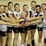 Voleibalistele de la Universitatea Cluj nu au avut adversar în actuala ediţie de campionat şi au câştigat toate meciurile oficiale,   16 la număr,   asigurându-şi promovarea în Divizia A1 / FOTO: Dan Bodea