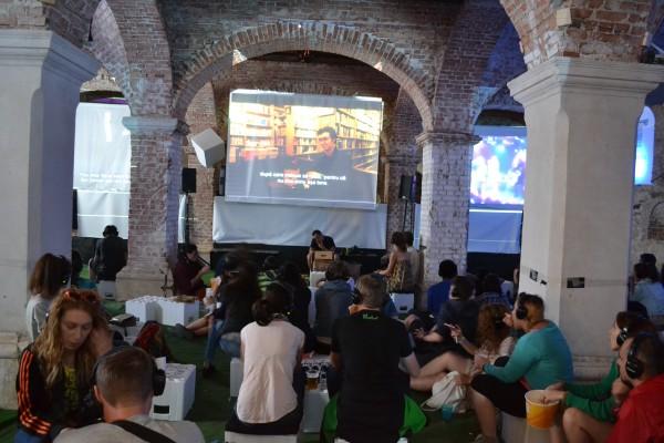 Silent Cinema,   un stil nou de a viziona filme (Foto: Radu Hângănuț)