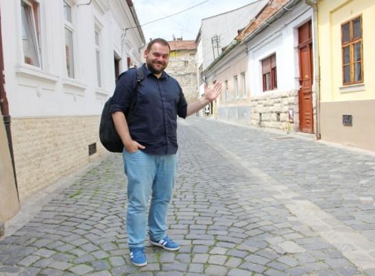 Adrian Rusu coordonează  Academia de Voluntariat ca parte a proiectului youth@cluj-napoca 2015/Foto: Dan Bodea