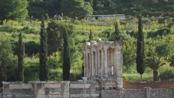 Biblioteca din Efes