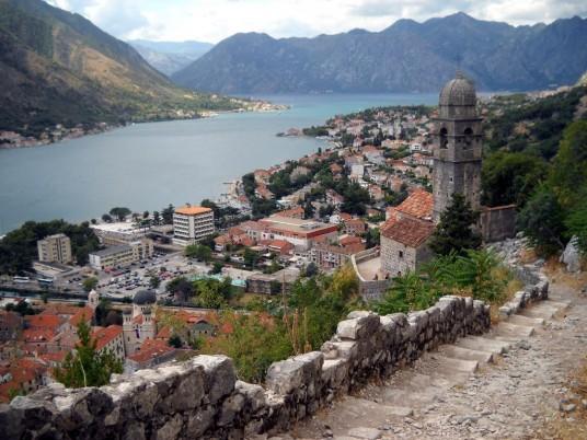 Golful Kotor,   văzut de pe muntele de deasupra orașului cu același nume/ Foto: Bogdan Stanciu