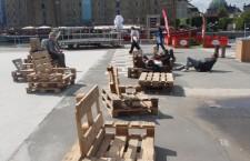 Sufragerie în aer liber în Piața Unirii, evadări din temniţă și dans cu și pentru neprofesioniști