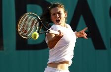 După aproape o oră şi juumătate de joc Simona Halep a eliminat-o pe Kirsten Flipkens din turul 2 al turneului de la Cincinnati