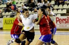 """Florina Chintoan a contribuit cu 5 goluri la victoria echipei sale """"U"""" Alexandrion, scor 32-24 cu Mureşul Târgu Mureş / Foto: Dan Bodea"""