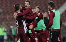 Ca să se bucure cu adevărat de remânerea în Liga 1,   fotbaliștii de la CFR vor trebui să aștepte decizia TAS / Foto: Dan Bodea