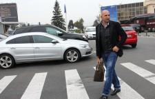 Vasile Miriuţă a făcut minuni la CFR Cluj,   dar îşi avertizează jucătorii că nu va rămâne alături de ei dacă nu termină anul pe podium / Foto: Dan Bodea