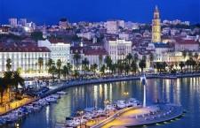 Portul turistic Split,   Noaptea/ Foto: Ante Verzotti - Oficiul Național de Turism al Croației