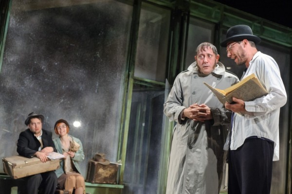 Imagine din spectacolul Logodnicii din provincie/Foto: Teatrul Maghiar de Stat Cluj