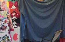 Schimb de haine. Elena Udrea a probat o rochiţă la Negreni şi a cumpărat pantaloni de trening