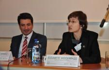 Bani norvegieni pentru depistarea şi cercetarea cancerului de col uterin la femeile rome