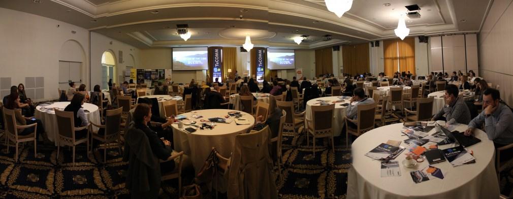 Evenimentul aduce peste 50 de speakeri,   16 workshopuri și șase prezentări la care principalele subiecte de discuție sunt: cele mai eficiente,   metode de branding & reputation,   dezvoltarea unor strategii de promovare în funcție de piața țintă,   cum se fac eficient reducerile de costuri,   care sunt avantajele plăților online și cum poate fi crescută rata de conversie / Foto: Dan Bodea