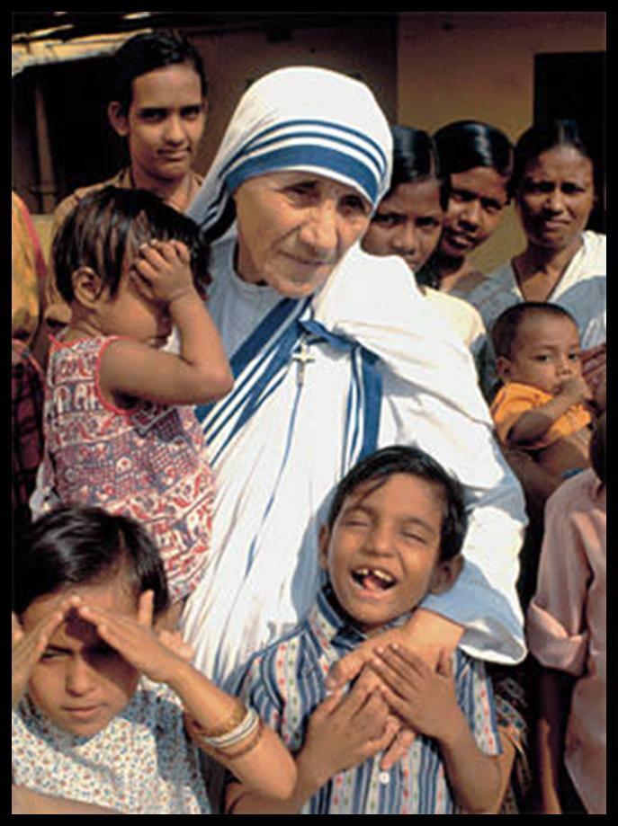 """Maica Tereza a vizitat şi România,   sosind în ţara noastră pentru prima dată la 2 mai 1990,   iar la Bacău la 27 iunie în acelaşi an. La 20 octombrie 1990 a deschis la Bacău casa """"Misionarele Carităţii"""". În septembrie 1992,   a venit din nou în vizită,   la Bacău şi la Iaşi."""