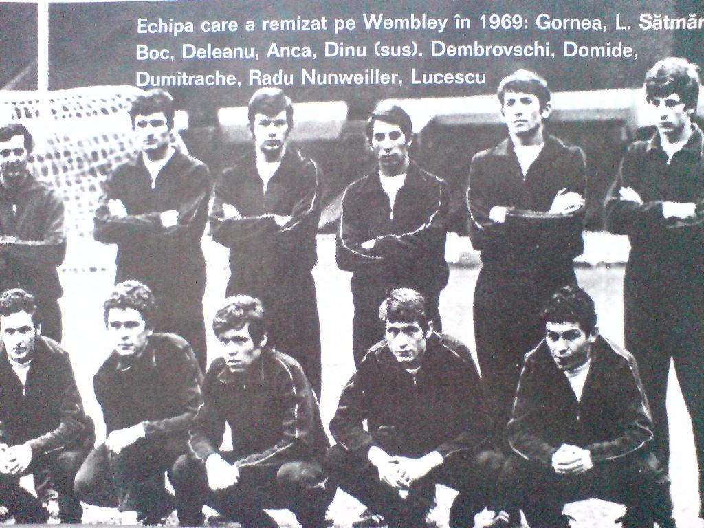 Cornel Dinu s-a născut în anul în care a fost înființat Clubu Sportiv Dinamo București (1948).