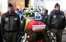 Doi militari,   victime ale accidentului aviatic din județul Sibiu,   înmormantați,   la Cluj,   cu onoruri militare / Foto: Dan Bodea