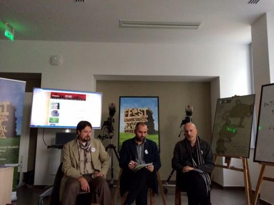 Eugen Moritz,   Szenkovics Dezső şi Doru Pop,   în timpul conferinţei de presă/Foto: Cristina Beligăr