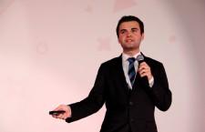 Ionuţ Budişteanu,   inventator şi informatician,   câştigător al marelui premiu la cea mai importantă competiţie de ştiinţă şi inginerie din SUA / Foto: Dan Bodea.