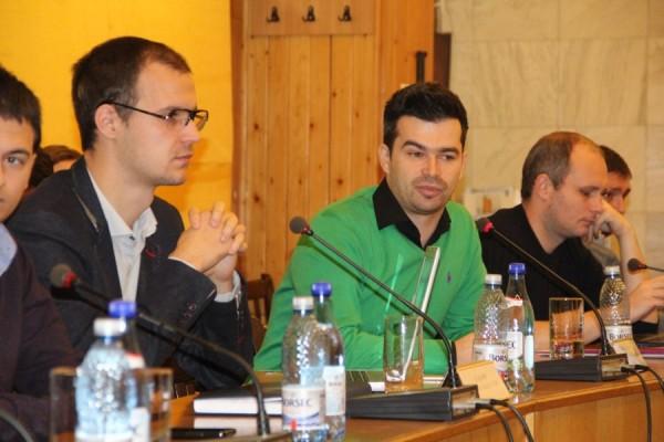 Vlad Pop,   preşedinte Federaţia Share şi Bogdan Buta,   director general al Federaţiei Share/Foto: Dan Bodea