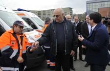 Secretarul de stat din MAI, doctorul Raed Arafat, a predat, sâmbătă, cheile noilor ambulanțe către mai multe servicii de salvare din țară