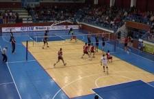 Unirea Dej a câștigat manșa întâi,   din turul I,   al Challenge Cup,   cu TTU Tallin,   scor 3-1 și pornește favorită în returul de miercuri