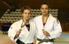 Alexandra Pop (foto, în stânga) şi Loredana Ohâi au fost printre performerele României, în 2014, în competiţiile internaţionale de judo / Foto: Dan Bodea