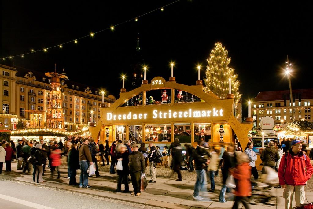 Târgul de la Dresda,   cunoscut ca Strietzelmarkt,   datează din anul 1434