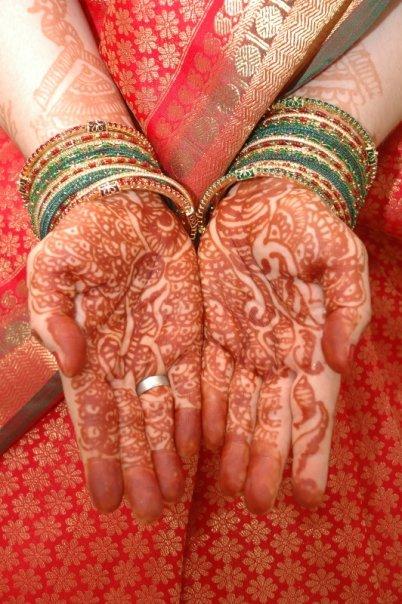 Mehendi cu henna