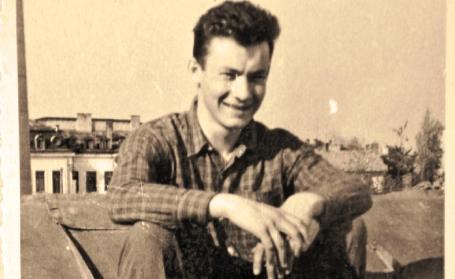 Octav Bjoza la 19 ani