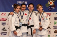 Dublă vicecampioană europeană şi mondială,   judoka Alexandra Pop (foto,   prima din stânga) a fost desemnată cea mai bună sportivă a CS Universitatea Cluj în 2014 / Foto: arhiva personală