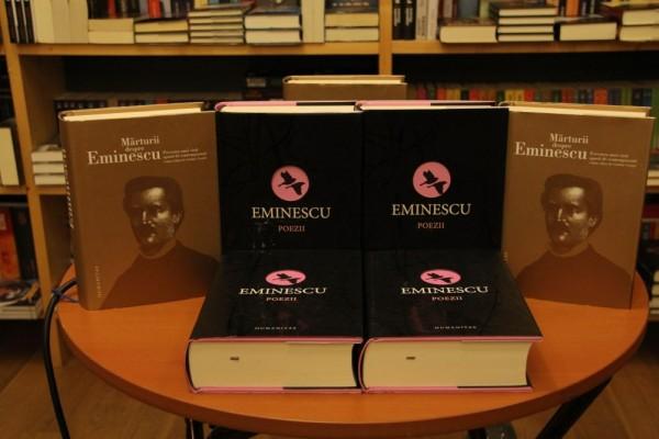 """Volumul """"Mihai Eminescu-Poezii"""" poate fi cumparat la prețul de 65 de lei/Foto: Dan Bodea"""
