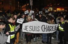 Update. Aproximativ 400 de clujeni,   solidari cu victimele atacului terorist din Franța