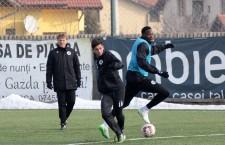"""Aflaţi în cantonament în Turcia,   fotbaliştii de la """"U"""" au suferit,   luni,   primul eşec în meciurile amicale,   1-3 în partida cu ruşii de la Shinnik / Foto: Dan Bodea"""