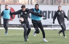 În cantonamentul din Turcia, Universitatea Cluj își continuă seria de amicale, ultimul terminându-se la egalitate, scor 1-1 cu Haladas din Ungaria / Foto: Dan Bodea