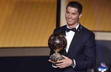 """Fotbal / Ronaldo şi-a surclasat rivalii la """"Balonul de aur"""""""