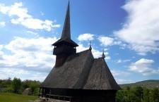 """Doamne,   ajută! Bani norvegieni pentru două biserici de lemn din Parcul etnografic """"Romulus Vuia"""""""