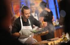 Tudor,   concentrat în timpul finalei de la MasterChef / Foto: arhivă personală