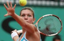 Fără să strălunească Simona Halep s-a calificat în sferturile de finală ale turneului de la Dubai