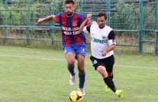 Viveiros a evoluat bine în prima repriză a amicalului dintre Universitatea şi Olimpia Satu Mare,   scor 0-0,   ultimul test înaintea reluării campionatului / Foto: Dan Bodea