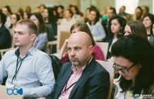 HR Summit este cea mai mare platformă dedicată celor care activează în industria de HR și management,   reușind sa aducă în același loc reprezentanții a peste 500 de companii din România și Republica Moldova.