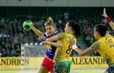 Laura Popa, de la Universitatea Alexandrion Cluj, a marcat două goluri în tricoul echipei naționale a României, în victoria contra Braziliei la Trofeul Carpați / Foto: Dan Bodea