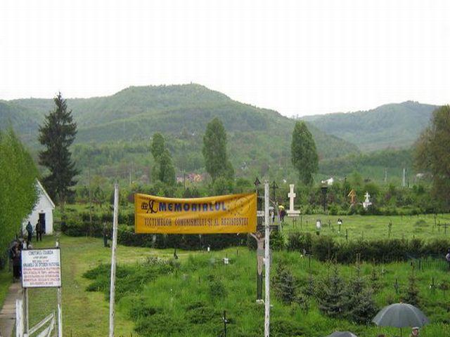 Cimitirul săracilor din Sighet,   locul unde a fost aruncat,   la groapa comună,  trupul neînsuflețit al lui Iuliu Maniu.