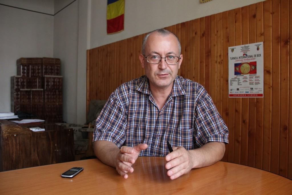 Directorul Direcției Județene pentru Tinert și Sport,   Răzvan Sotiriu / Foto: Dan Bodea