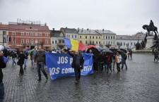 Clujenii s-au întâlnit în Piața Unirii,   după care au plecat în marș prin centrul orașului.
