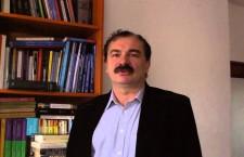"""Mircea Miclea este psiholog, profesor la Universitatea """"Babeş-Bolyai"""". A fost ministru al Educației și Cercetării în Guvernul Tăriceanu (29 decembrie 2004 - 10 noiembrie 2005)."""